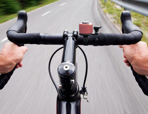 Een fietsbel op je racefiets