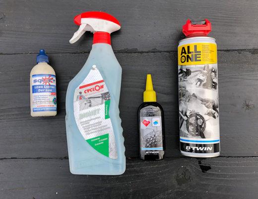 Je fietsketting smeren met wat of olie
